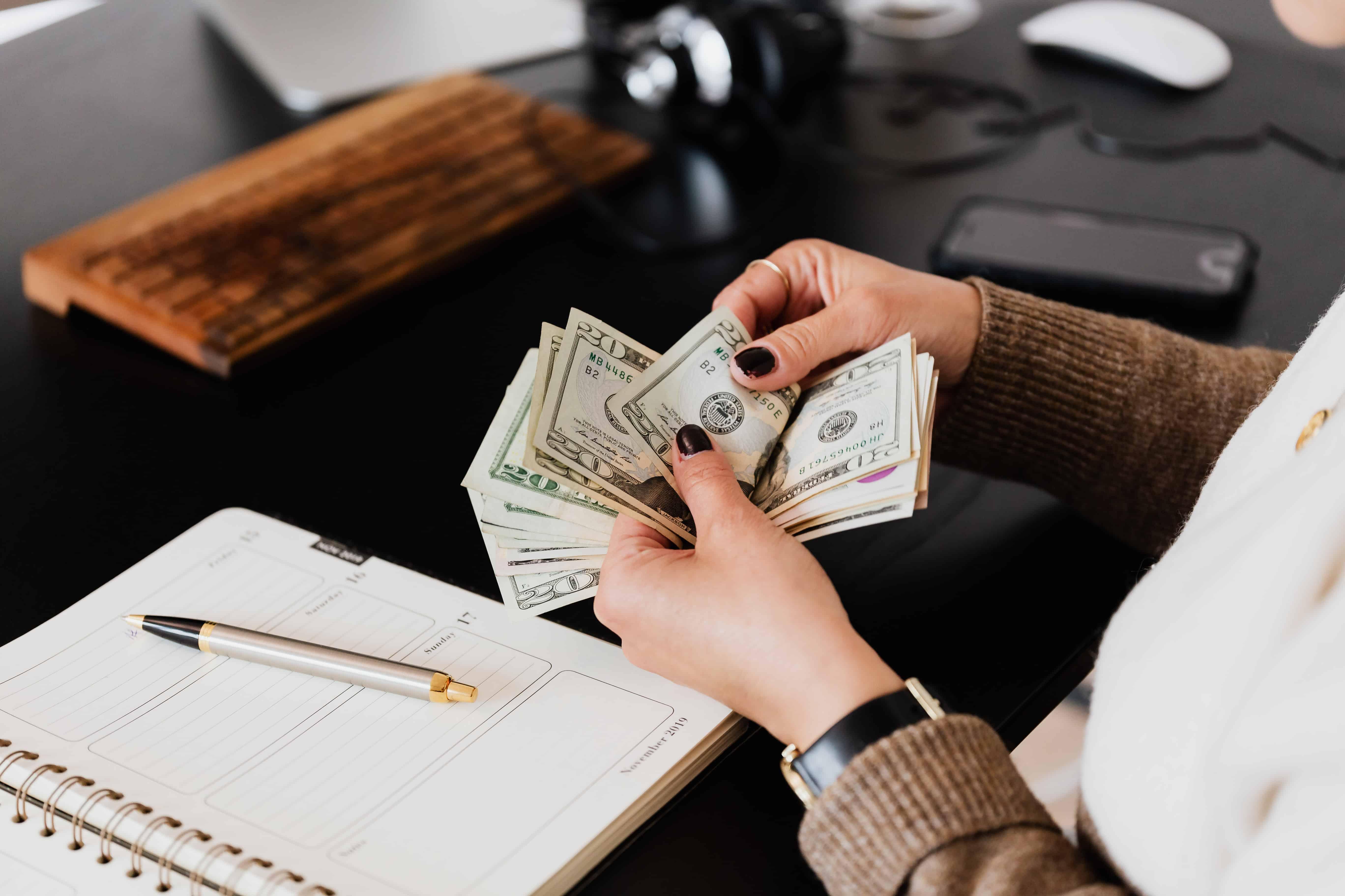 Advantages of Cash Flow Forecasting